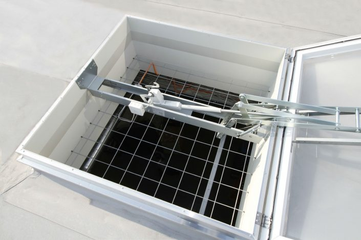 coxdome Shev with safety fall grid